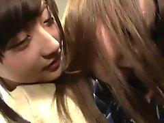 Japonesa Violada en tren
